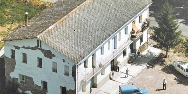 Edifici de l'escola Senterada 1935 al 1999