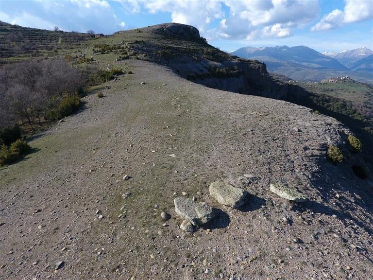 lloses-megalitiques-de-sant-roc-2 (Medium).JPG